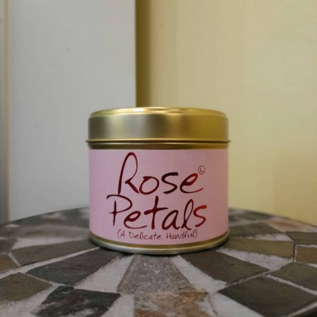 Rose petals scented candle