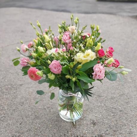 Country vase arrangement
