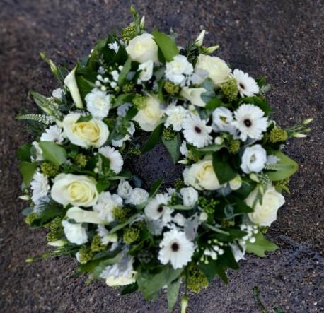 White contemporary wreath