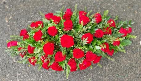 Red rose casket